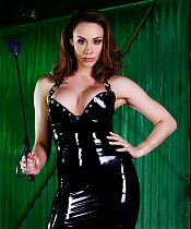 Mistress Chanel Preston orders her grovelling slave to lick her pussy to orgasm.