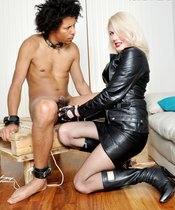 Akella\'s Pain Slave